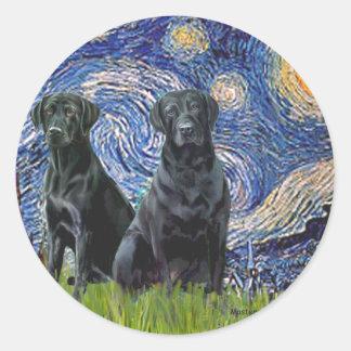 Labrador dos negro - noche estrellada pegatinas redondas