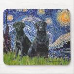 Labrador (dos negro) - noche estrellada tapetes de ratón