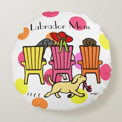 Labrador Mom at Poolside Round Pillow