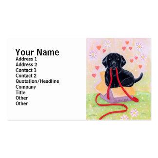 Labrador negro en la caja tarjetas de negocios