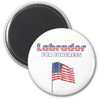 Labrador para la bandera americana patriótica del  imán para frigorifico