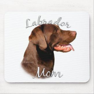 Labrador Retriever (chocolate) Mom 2 Mouse Mat