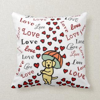 Labrador y lluvia amarillos de corazones cojines