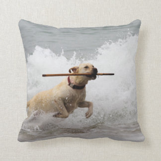 Labrador - Yellow - Go Fetch! Beach Dogs Throw Pillow
