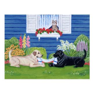 Labradors en la pintura del jardín tarjeta postal