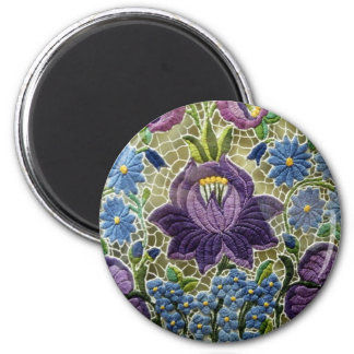 Lace with floral motives refrigerator magnets