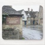 Lacock, Wiltshire, Reino Unido Tapetes De Raton