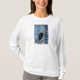Ladies LS T / Bald Eagle in Winter Snow T-Shirt