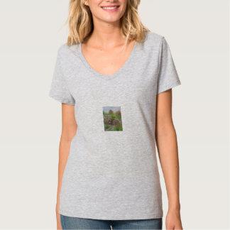 Ladies Tee Short Sleeve Tee Shirt with Nature Prin
