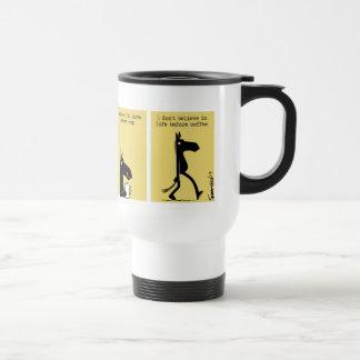 Lado oscuro de la taza #3 del viaje del caballo