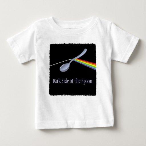 Lado oscuro divertido de la camiseta del niño de