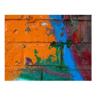 Ladrillo de la pintada tarjeta postal