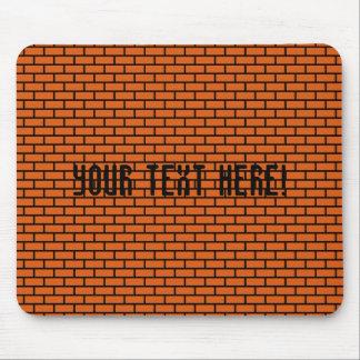 ladrillo retro de 8 bits, naranja mouse pads