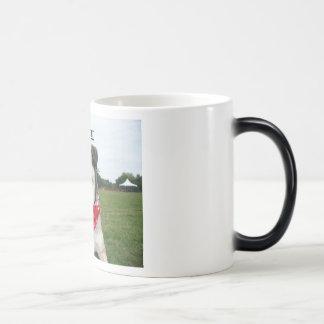 Lady Belle 11 Oz Magic Heat Color-Changing Coffee Mug