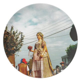 Lady Giant, Parade of the Giants, Flanders Dinner Plate