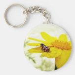 Ladybug on a flower llavero