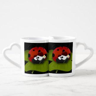 Ladybug on a green leaf coffee mug set