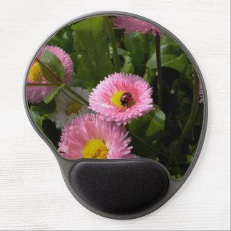 ladybug on pink daisy gel mouse pad