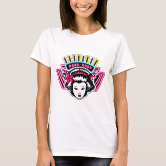 Lady's T shirt white tight fitting