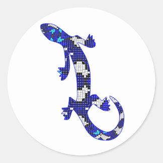 Lagarto azul de la piel de serpiente del mosaico pegatina redonda
