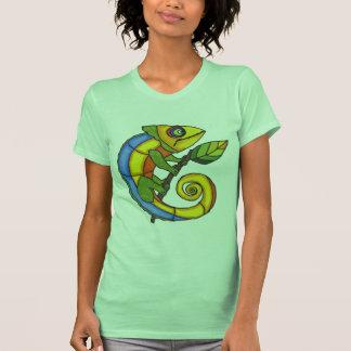 Lagarto colorido en una rama camiseta
