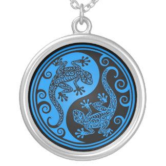 Lagartos azules y negros de Yin Yang Colgante