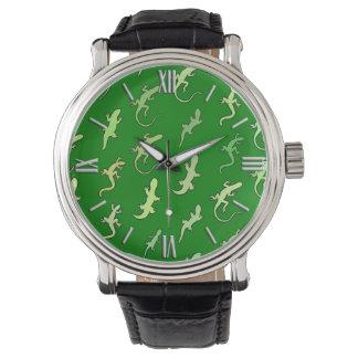 Lagartos y Geckos, en verde del pino Reloj De Mano