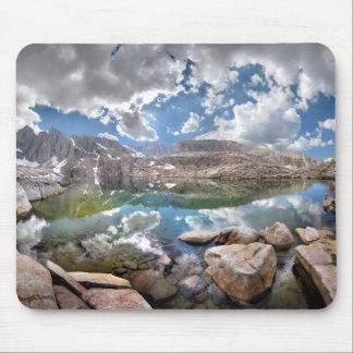 Lago 2 consultation - rastro del Mt Whitney Mousepads