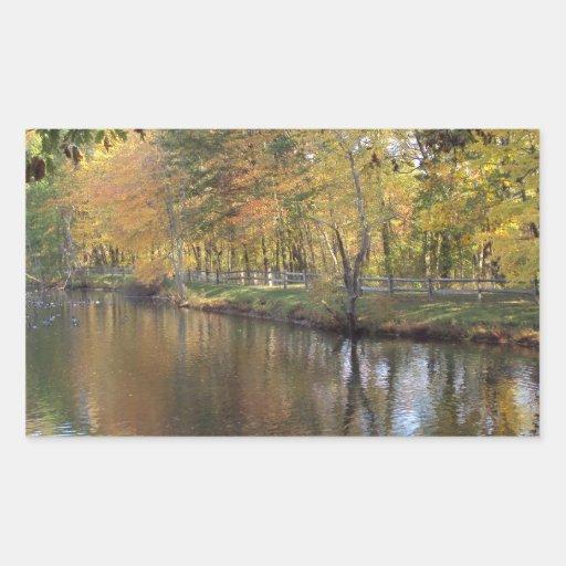 Lago autumn pegatina rectangular