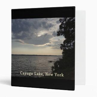 """Lago azul Cayuga de la puesta del sol Carpeta 1"""""""