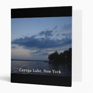 """Lago azul NY Cayuga del cielo de la puesta del sol Carpeta 1"""""""