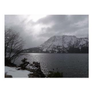 Lago caido leaf tarjeta postal