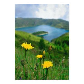"""Lago caldera en las islas de Azores Invitación 5"""" X 7"""""""