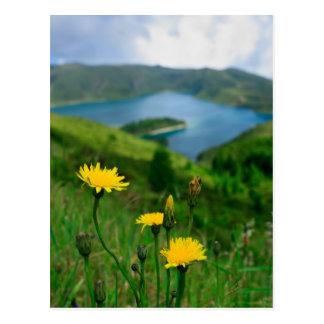 Lago caldera en las islas de Azores Postales