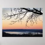 Lago Cayuga en la puesta del sol Impresiones
