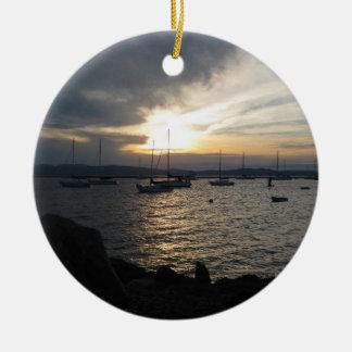 Lago Champlain en la puesta del sol Ornamento De Reyes Magos