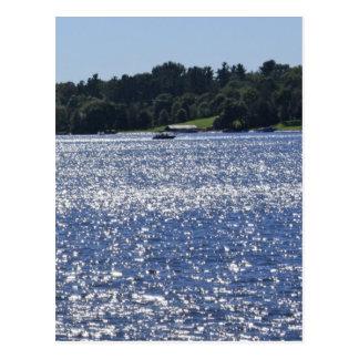 Lago chispeante postal