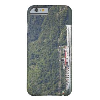 Lago Como, transbordador Funda De iPhone 6 Barely There