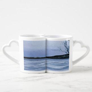 Lago congelado tazas amorosas