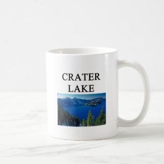 lago del cráter taza