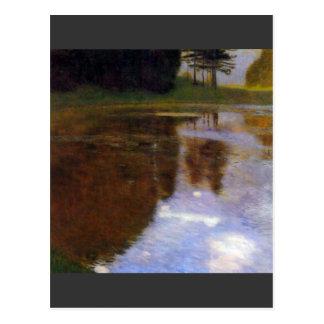 Lago delante del castillo de Gustavo Klimt Postal