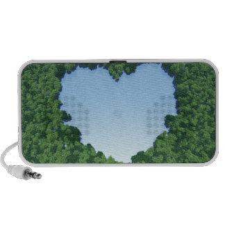 Lago en forma de corazón altavoces de viaje