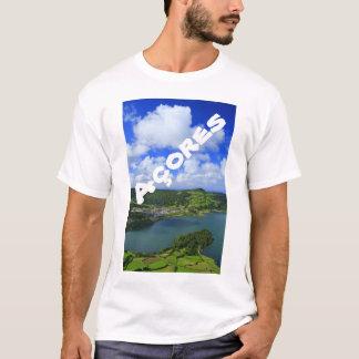Lago en las Azores Playera