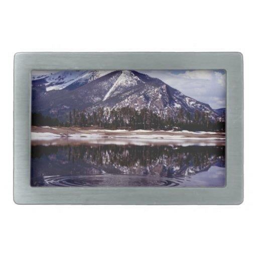 Lago en las montañas rocosas Colorado Hebilla Cinturón Rectangular