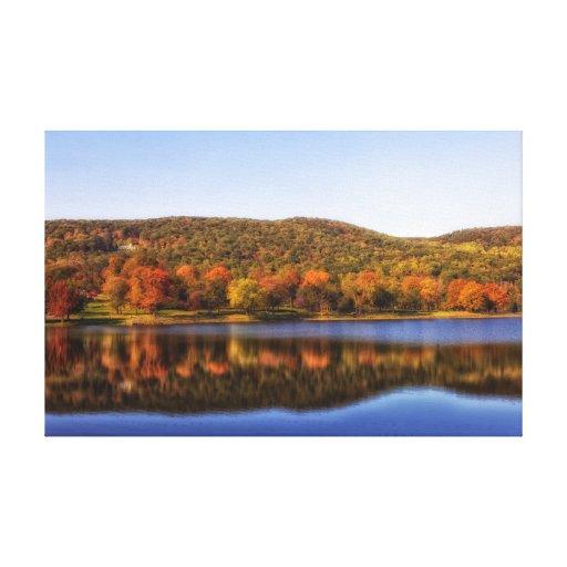 Lago en otoño impresion de lienzo