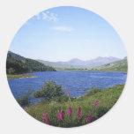 Lago escocés etiqueta redonda