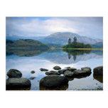 Lago, Escocia en Europa Tarjeta Postal
