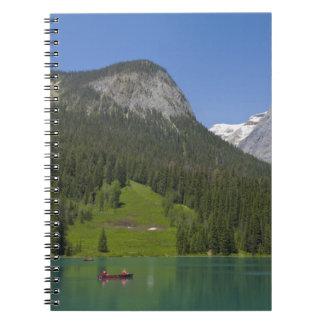 Lago esmeralda, canadiense Rockies, británicos Spiral Notebooks