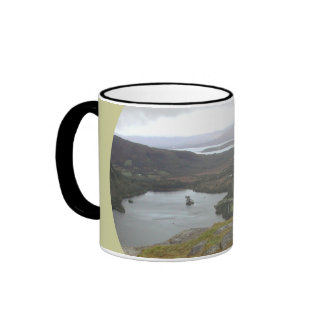 Lago Glanmore del paso Irlanda de Healy Redondo Taza