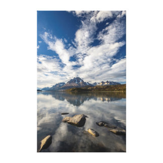 Lago Grey. Cordillera del Paine 1 Canvas Print